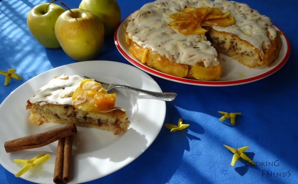 Ябълков сладкиш с бисквитки и масло