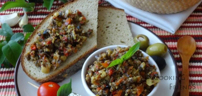 Домашно приготвено маслиново песто