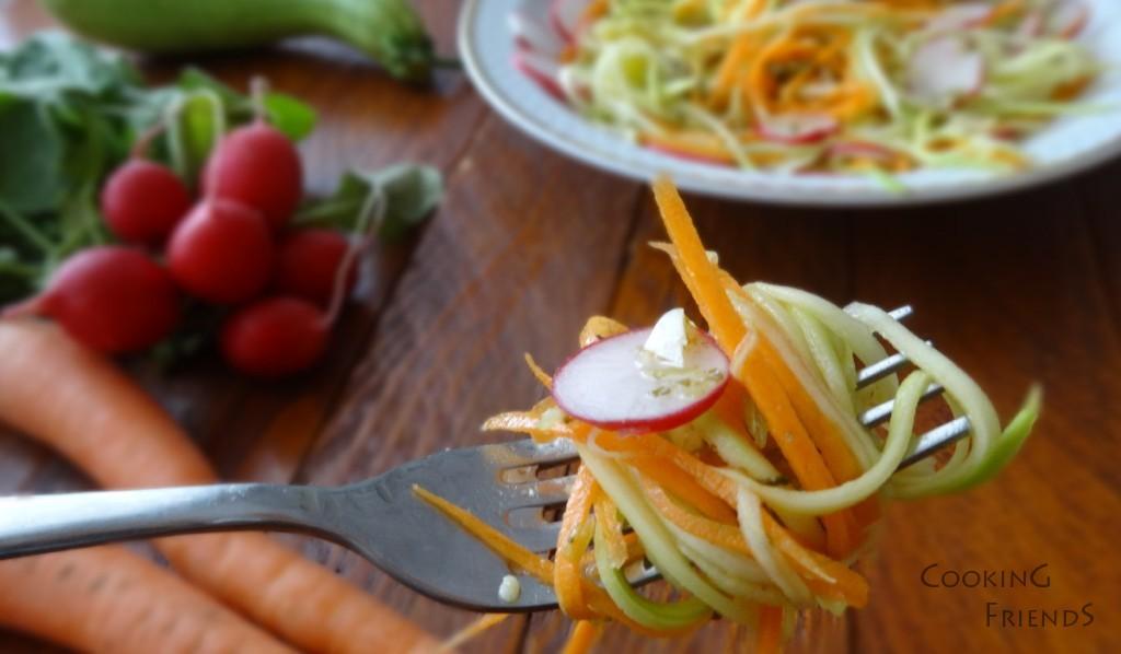Пъстра и вкусна салатка