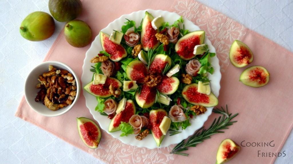 Салата със смокини, прошуто и сирене Бри