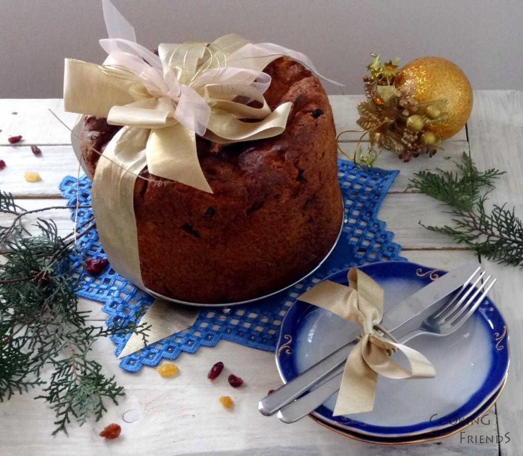 Италиански коледен хляб Panettone