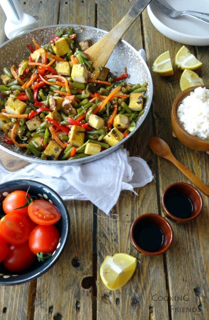 Мариновано тофу със зеленчуци