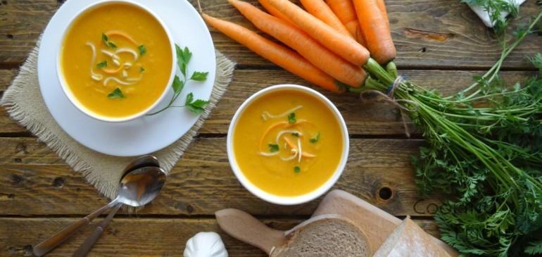 Морковена супа със соеви кълнове