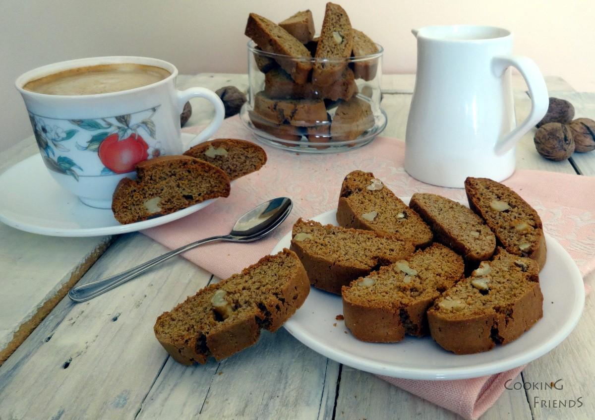Домашни бисквитки с мед и орехи