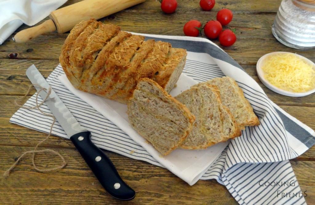 Хляб със сирене и слънчогледови семки