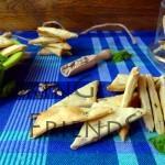 Хрупкави крекери с босилек и слънчоглед