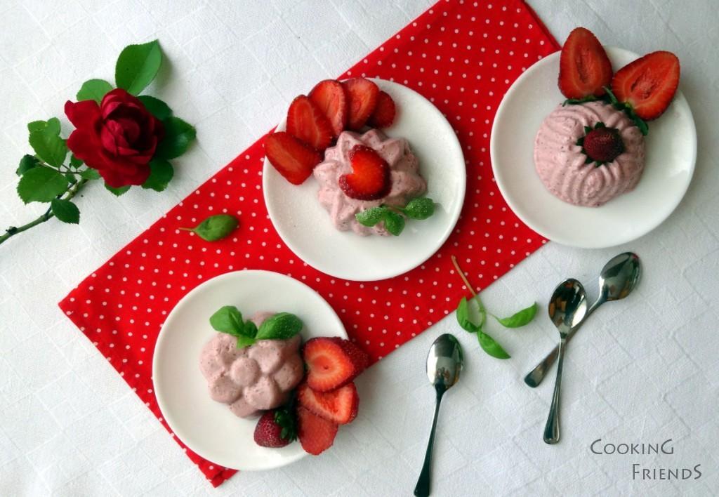 Желиран крем с рикота, ягоди и босилек