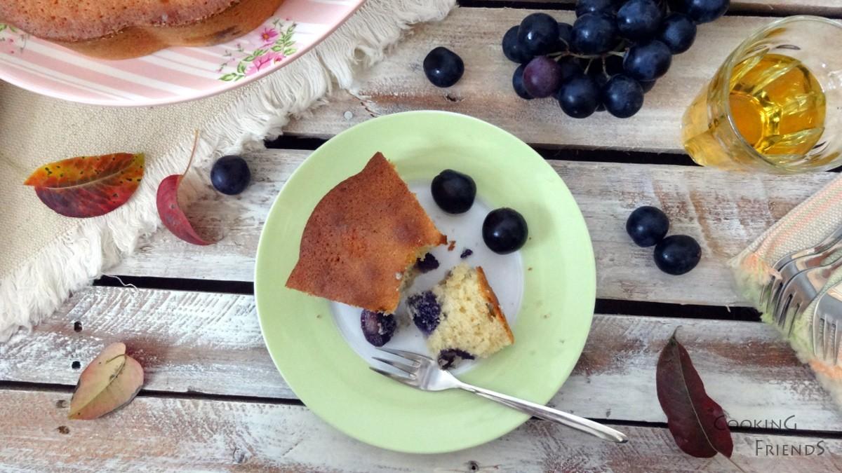 Кейк с вино, грозде и стафиди