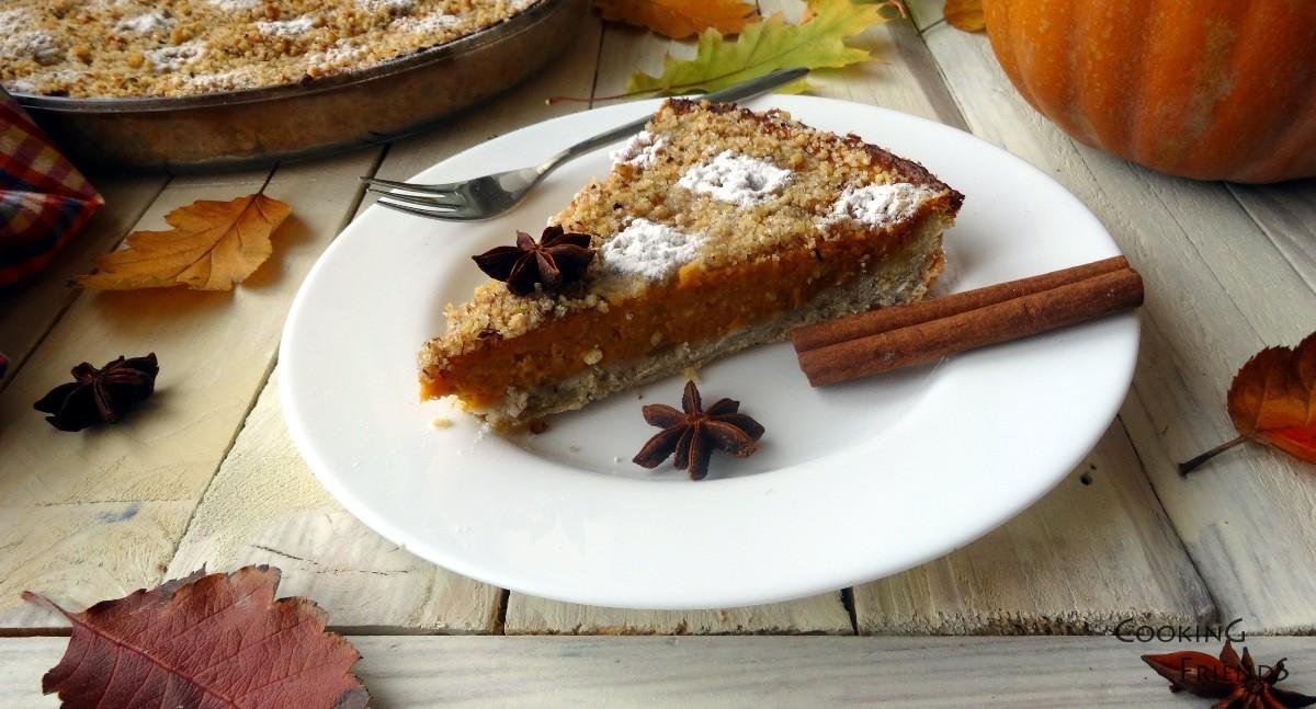 Тиквен тарт с орехи, канела и анасон