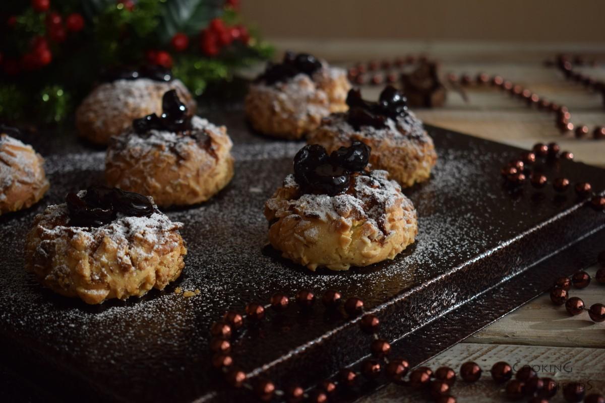 Коледни курабийки с ядки и конфитюр