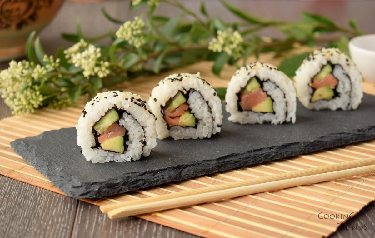 Урамаки суши