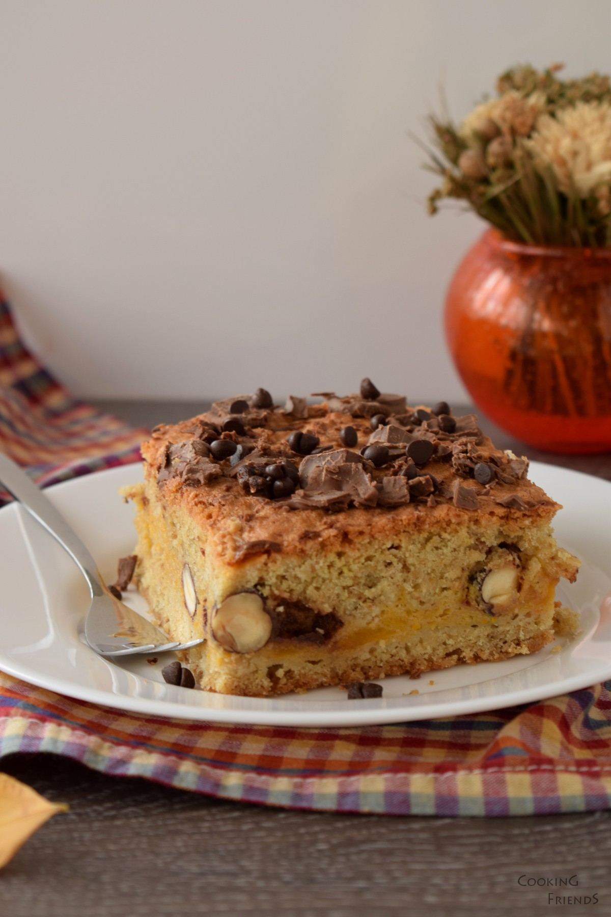 Десертни блокчета с тиква и шоколад