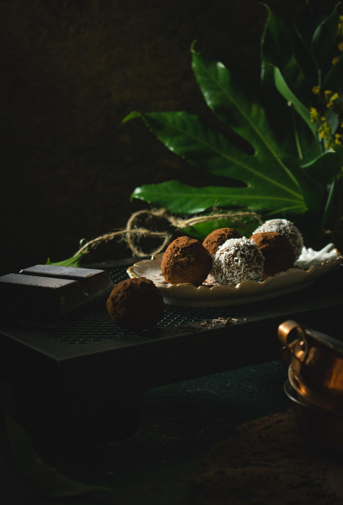 Изкусителни бонбони с бишкоти и кокос