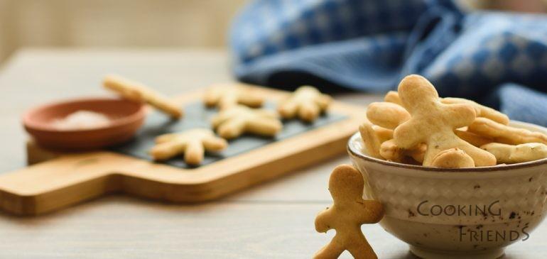 Как да си приготвите лесни крекери у дома и филмова петък вечер