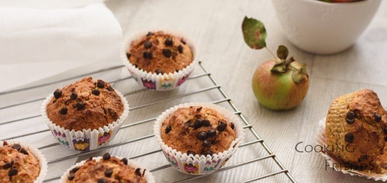 Есенни кексчета с ябълка и шоколад