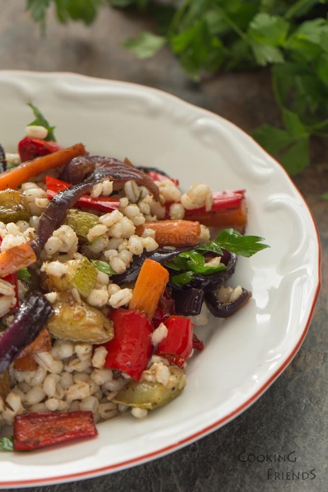 Перлен ечемик със зеленчуци