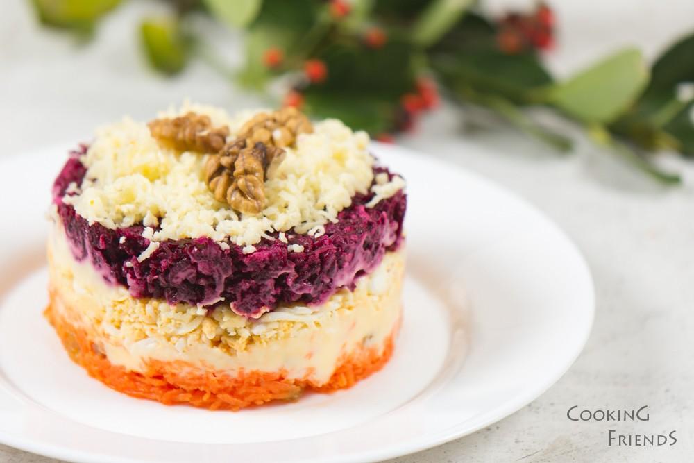 Вкусна трицветна салатка