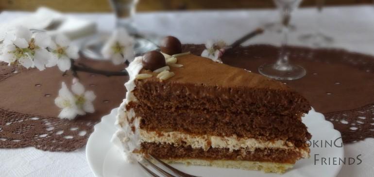 Торта с шоколад, кайсии и бадеми и 1 година COOKING FRIENDS
