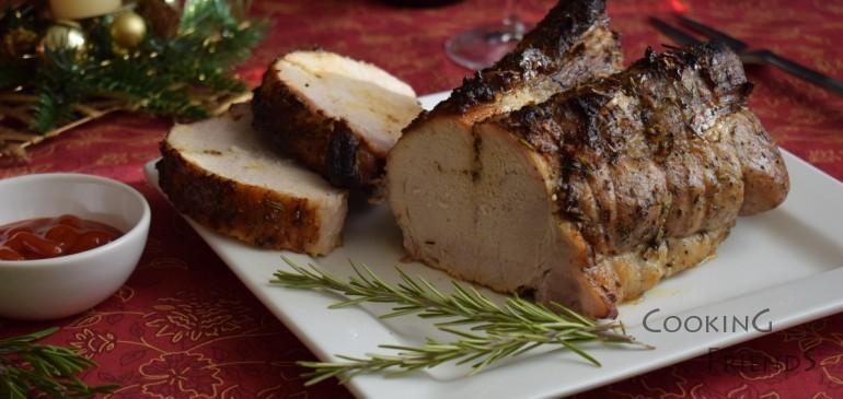 Бавно печено свинско месо с розмарин