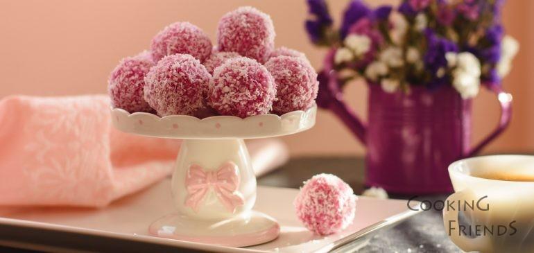 За сладките следобеди-сурови кокосови бонбони :)