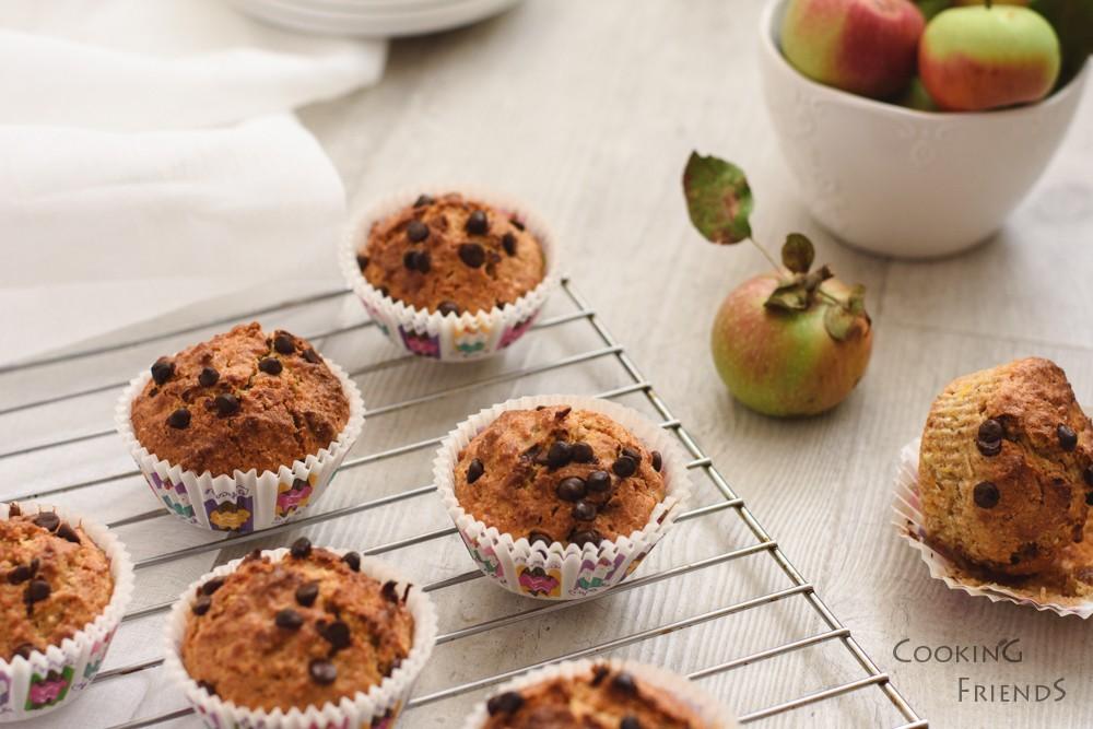 Кексчета с ябълка и шоколад