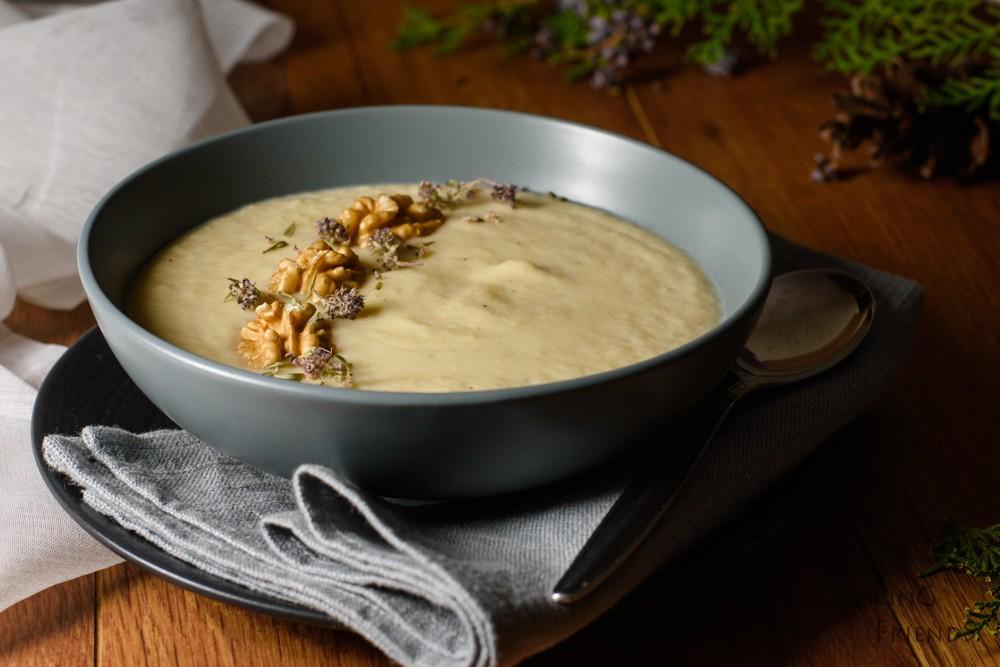 Крем супа от пащърнак и круша