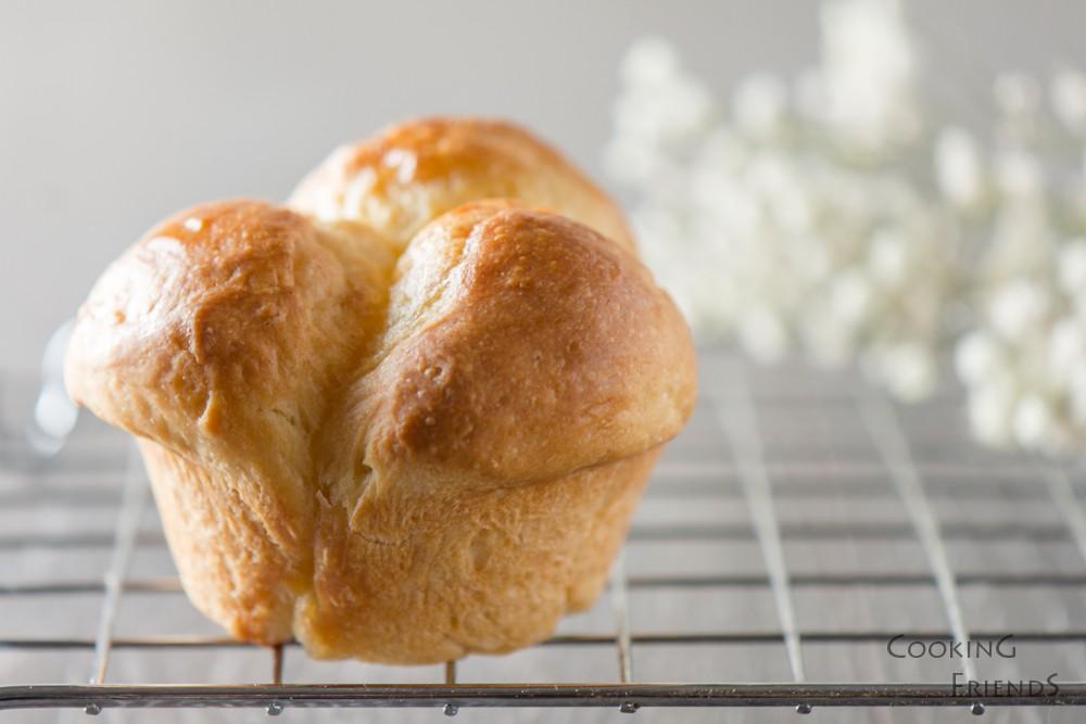 Пухкави японски хлебчета