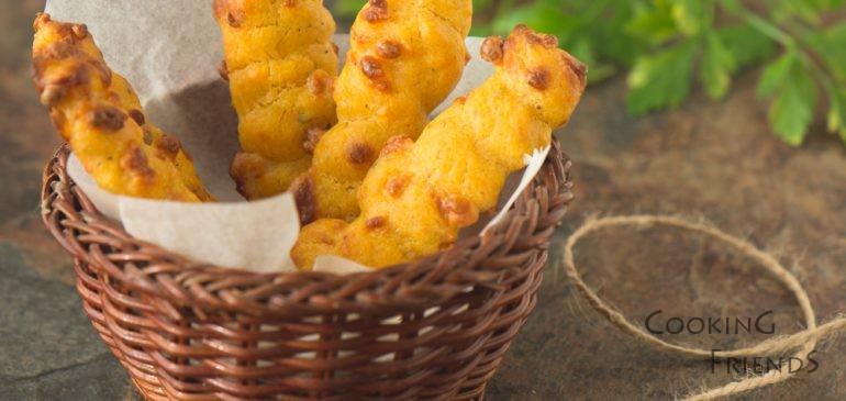 Закуска за ученика: Пръчици от сладки картофи и кашкавал